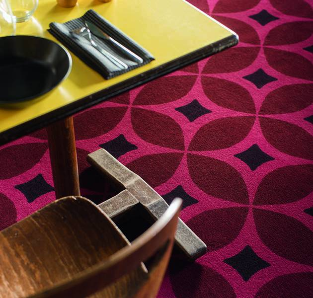 Collection Duo 4 moquette retro detail restaurant