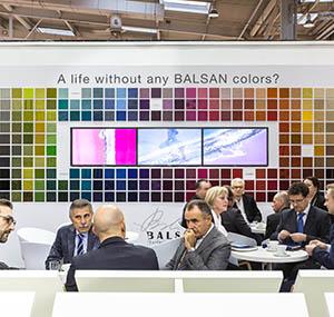 Werte Balsan Unternehmen Messe Wand Welt der Farben